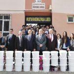 Belediyeden okullara boya desteği