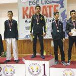 Karate Takımı Ege'de yıldızlaştı